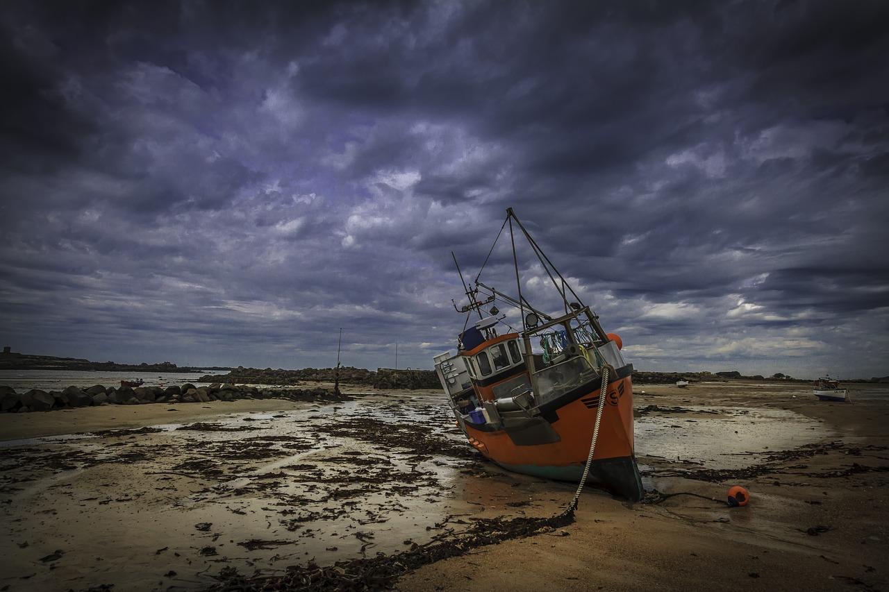 fishing-boat-Guernsey.jpg