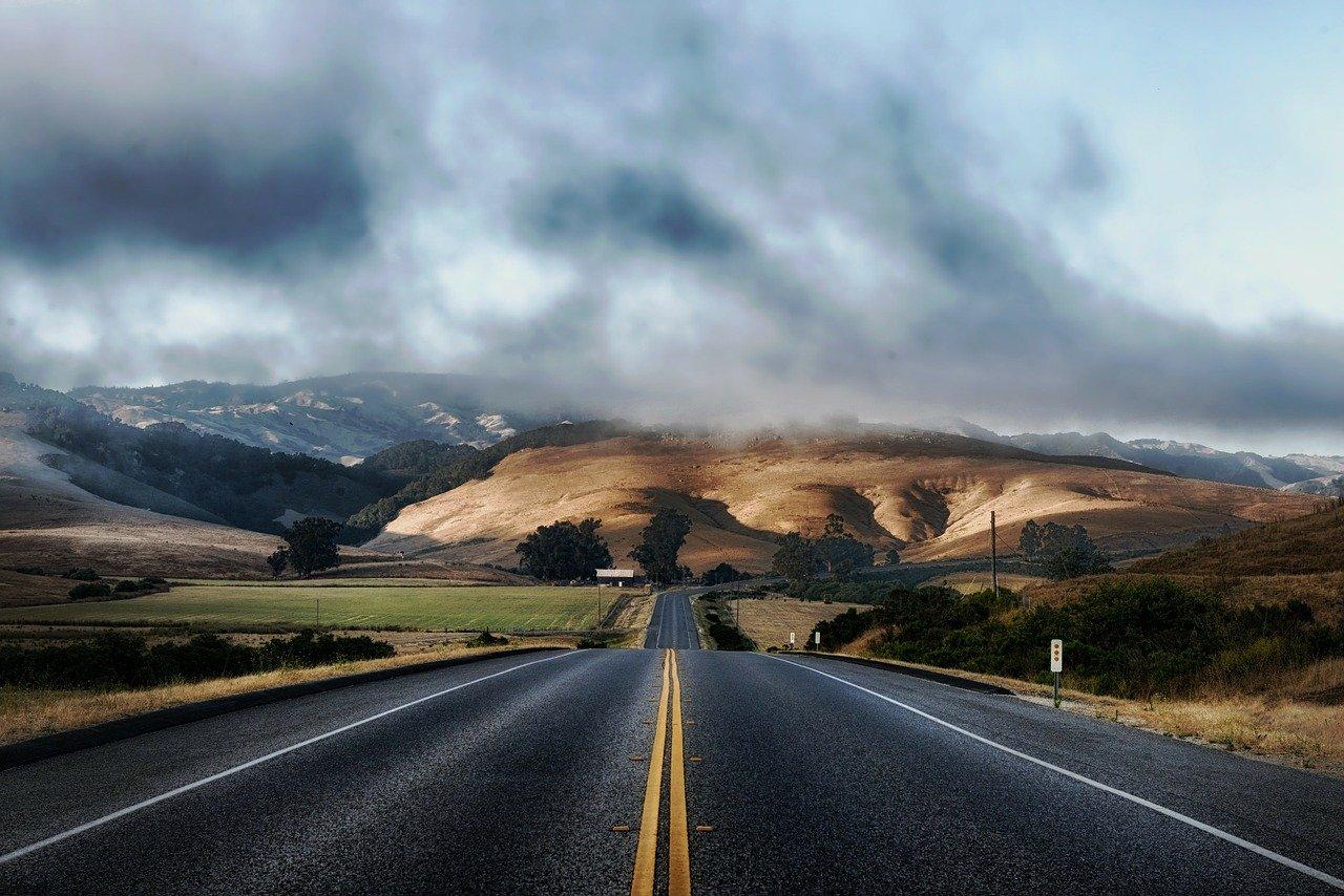 road-210913_1280